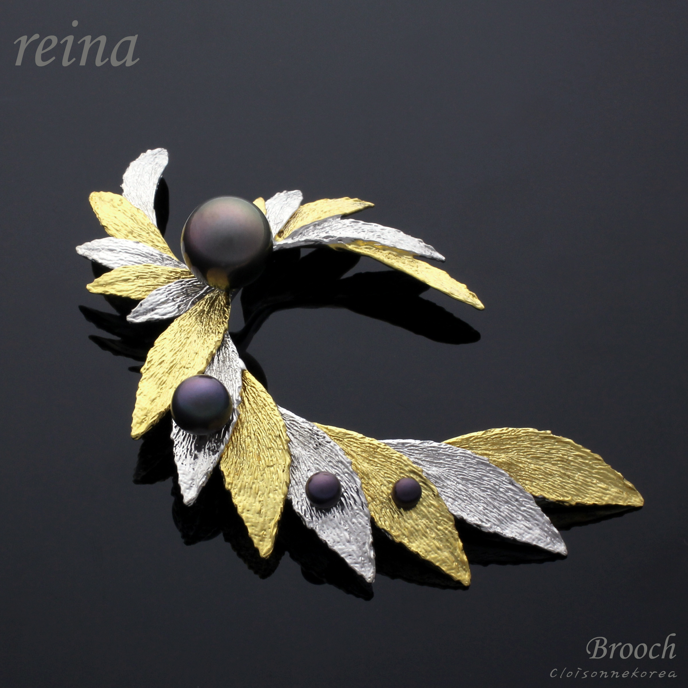 Sterling silver and pearl brooch,Reina,Only one handmade art brooch